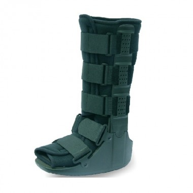 Tynor Walker Boot And Get Free Pill Box worth 450